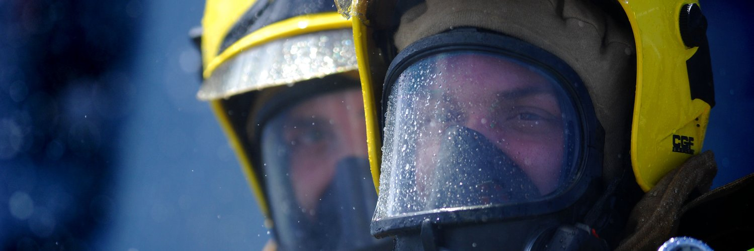 Firefighters wanted in Dornoch, Golspie, Lairg, Helmsdale and Bonar Bridge. Great rates of pay, job satisfaction an… https://t.co/G8QVMQdXMV