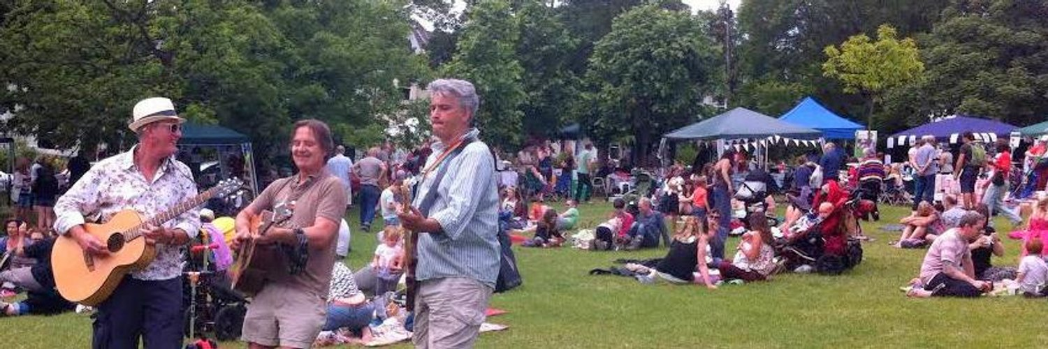 Local news & updates from the Friends of Blakers Park. We love the park, organise the Community Picnic, Summer Fair etc.