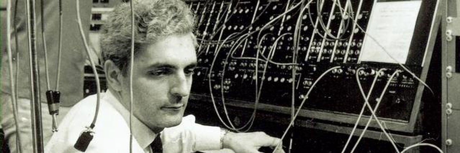 hand-crafted analog synthesizers • employee owned • continuing the legacy of Dr. Bob Moog