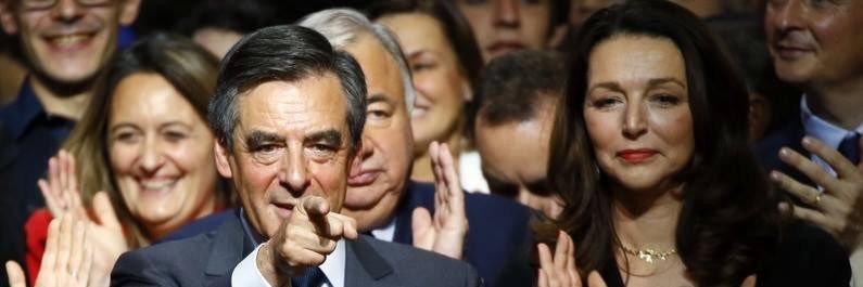 #FillonPresident L'application #Gov donne #Fillon en tête des opinions favorables bfmtv.com/politique/appl…