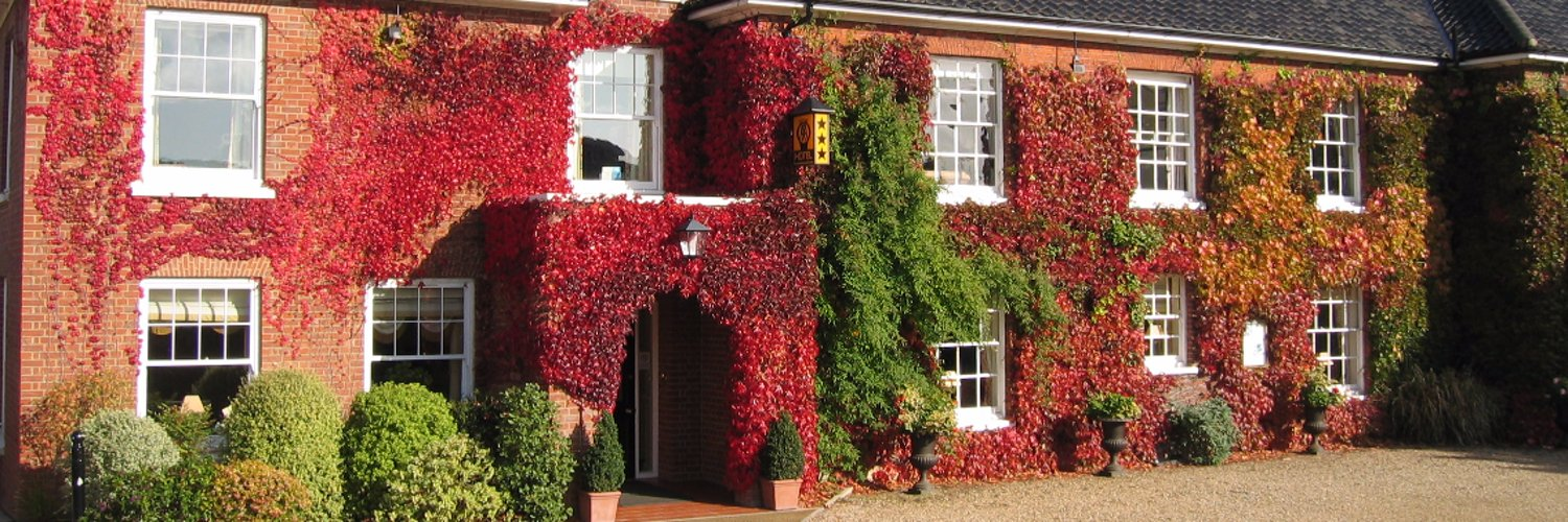 An exclusive country house hotel in Norfolk. Perfectly located for that short break with which to discover Norwich, the North Norfolk coast and the Broads.