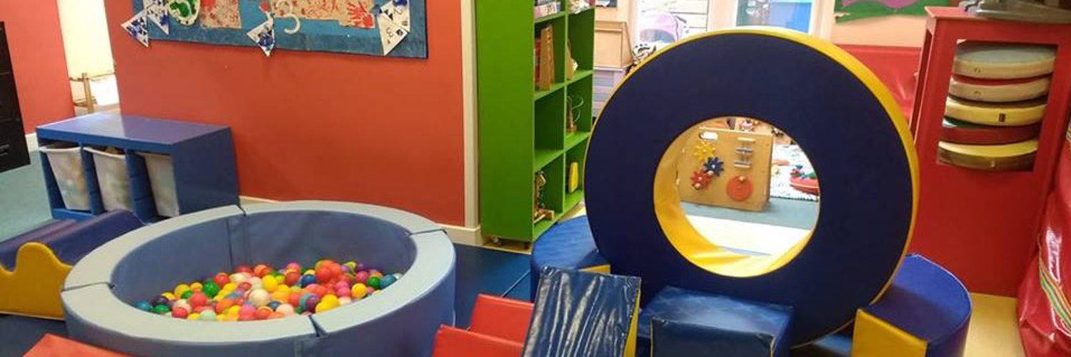 WTLPC provides a safe and stimulating place for young children and their parents and carers to play, learn and interact and a variety of toys for loaning.