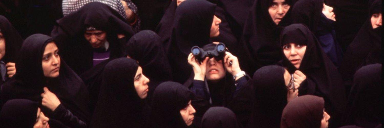 Freelancer. Iran 🇮🇷 Tweets in Farsi & English. RT not endorsement. Header photo: David Burnett, 1979 Islamic Revolution