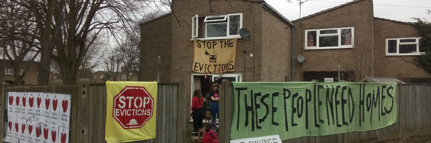 The tragic & upsetting story of the woman who died after setting herself on fire in @BarnetCouncil offices. Austerity has caused too much suffering and loss of lives.... Pushed to desperation by eviction notices & rent arrears due to the bedroom tax. theguardian.com/society/2019/s…
