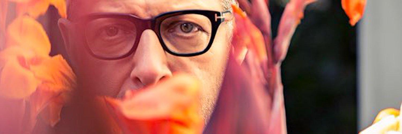 Here to show you Jeff Goldblum doing random things.