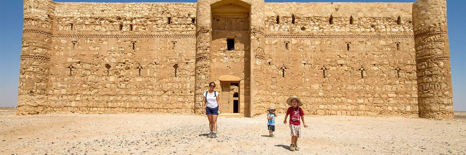 Check out our article! 10 tips for making travel fun for kids #familytravel wanderingwagars.com/10-tips-making…