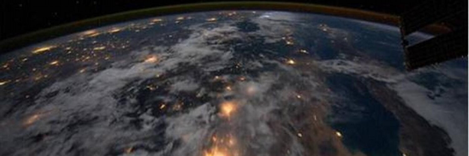 The Space Educators Institute, a conference for educators in space, will take place from August 14 to 16 in London, Ontario. Learn more: spacematters.ca/educators/spac…. twitter.com/SpaceMattersCA…