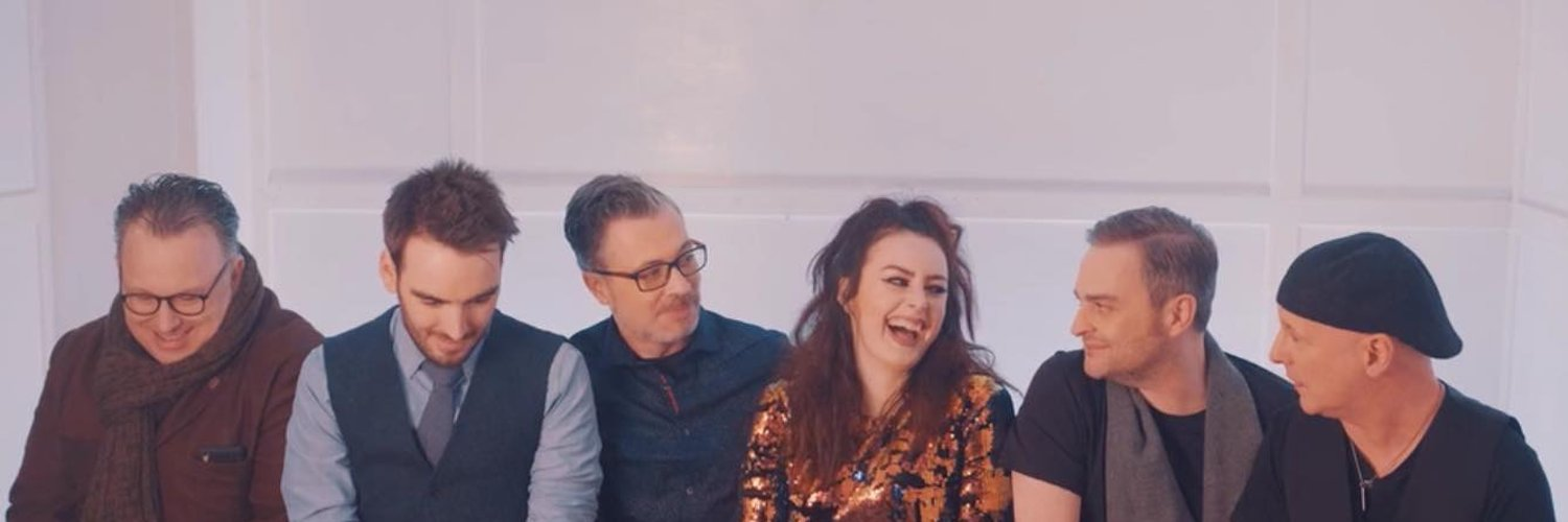 Sugarush are one of Scotland's finest and most experienced wedding bands. With dual male and female lead vocals, we can pretty much cover anything you want!