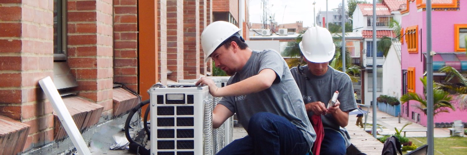 """HVAC Colombia on Twitter: """"Nuestro ultimo proyecto cerca a Bogotá. Aire Acondicionado #HVAC http://t.co/1OGWrJOXe3 http://t.co/QHVa7aPvWw"""""""
