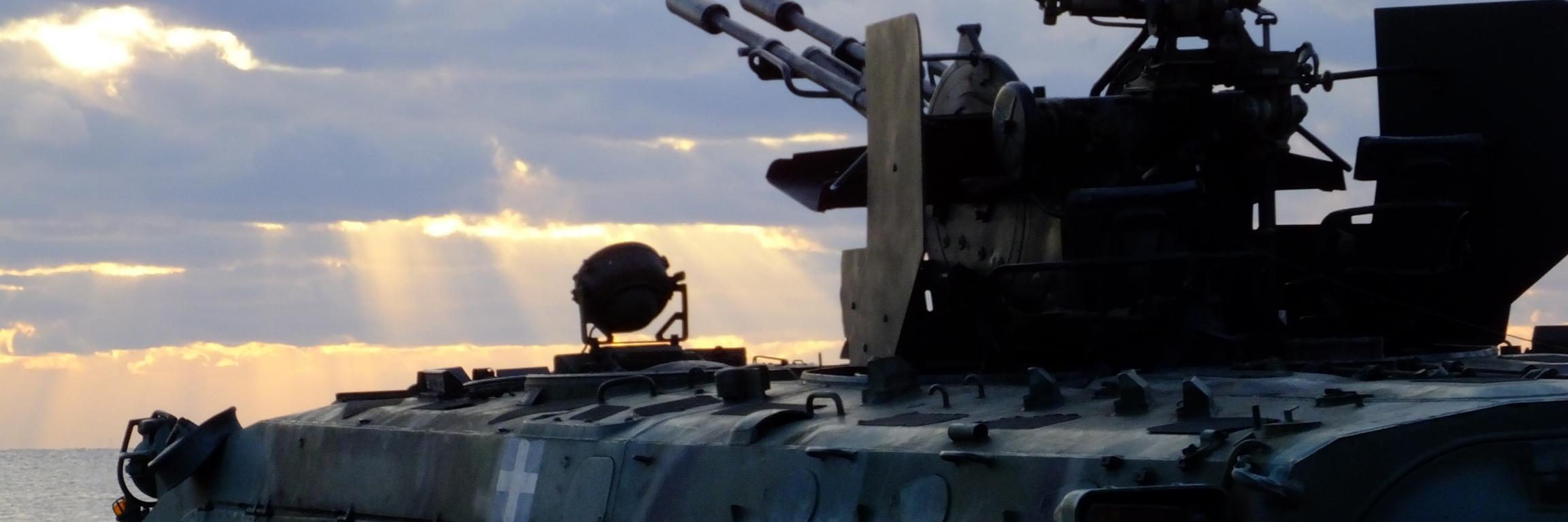 #HellenicNavy frigate S class silhouette spotted outside #Psara island in #Aegean Sea Famous Black Ridge -Mavri Rah… https://t.co/mGhqDnl4U8
