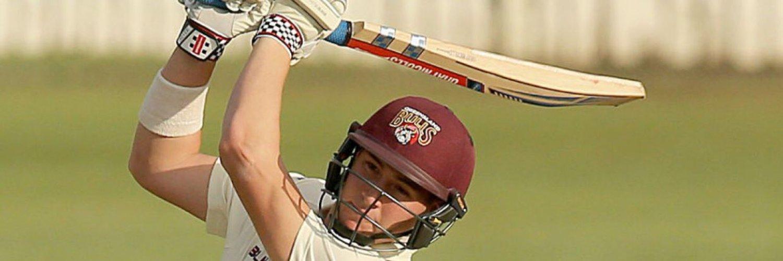 Cricketer @qldcricket @strikersbbl #77 @gray_nicolls @asicsaustralia Hole in 1 club member