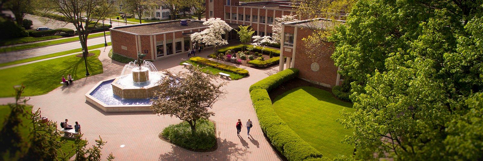 Elmira College's official Twitter account