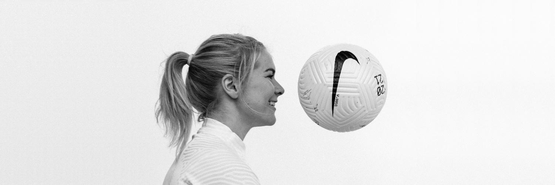 Norwegian footballer for Olympique Lyonnais. #14 info@avsports.co
