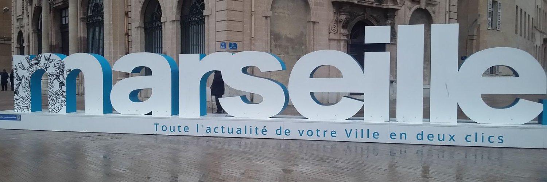 Oh fan... T'as pas de figure, c'est l'hôpital qui se fout de la charité ! #JeSuis1EscrocFN twitter.com/JJBourdin_RMC/…