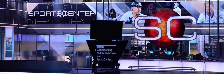 It's really happening! @sagesteele back at #ESPN HQ; starts @SportsCenter AM Mon 8/28 https://t.co/N990DN8bjp