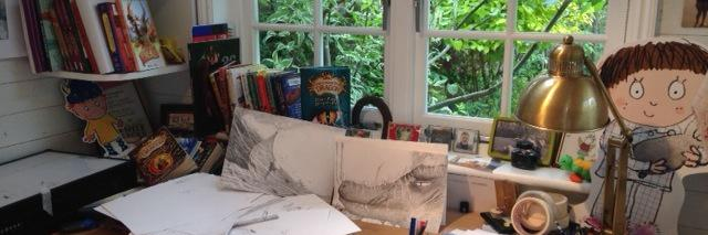 Happy Wednesday! Am reading Httydragon from my shed, and how far am I going to get? Chapter 2 of of BOOK 4, How to… https://t.co/oNye6Pefv0