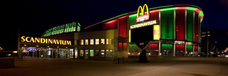 Krönikör & hockeyreporter, Göteborgs-Posten. Mina åsikter är mina.