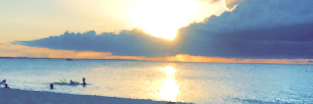 Beach dazee alwayzz☀️🍍🌊🌸 @ The Somerset on Grace Bay instagram.com/p/BW8C-MphlYa/