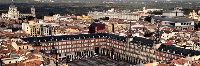 "SecretosdeMadrid on Twitter: ""Madrid y sus colores... la Calle del Calvario ¡bella! (foto de avalero) http://t.co/19rRDhF3lA"""