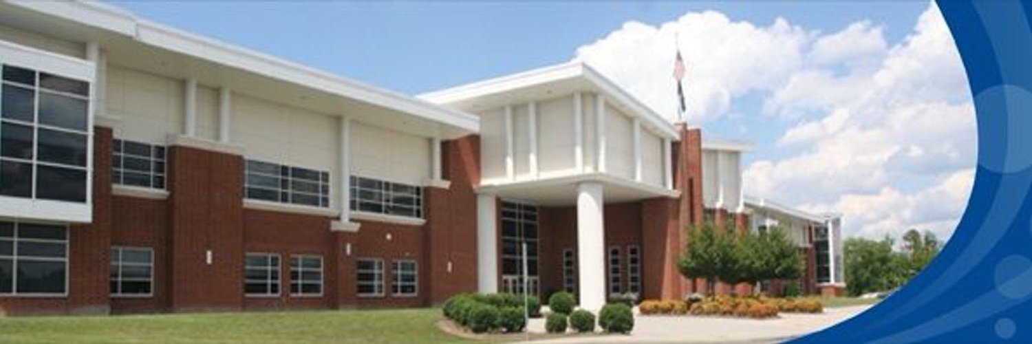 Principal of Deep Run High School in Glen Allen, VA Home of the Wildcats! Est. 2002 Tweets, Re-tweets, and views are my own and not those of HCPS