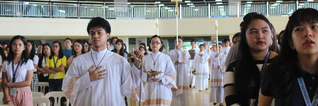 The Campus Liturgical Ministries (CLM) welcomes you to another academic year and let us all start this year right!… https://t.co/PMUeB6Ow93