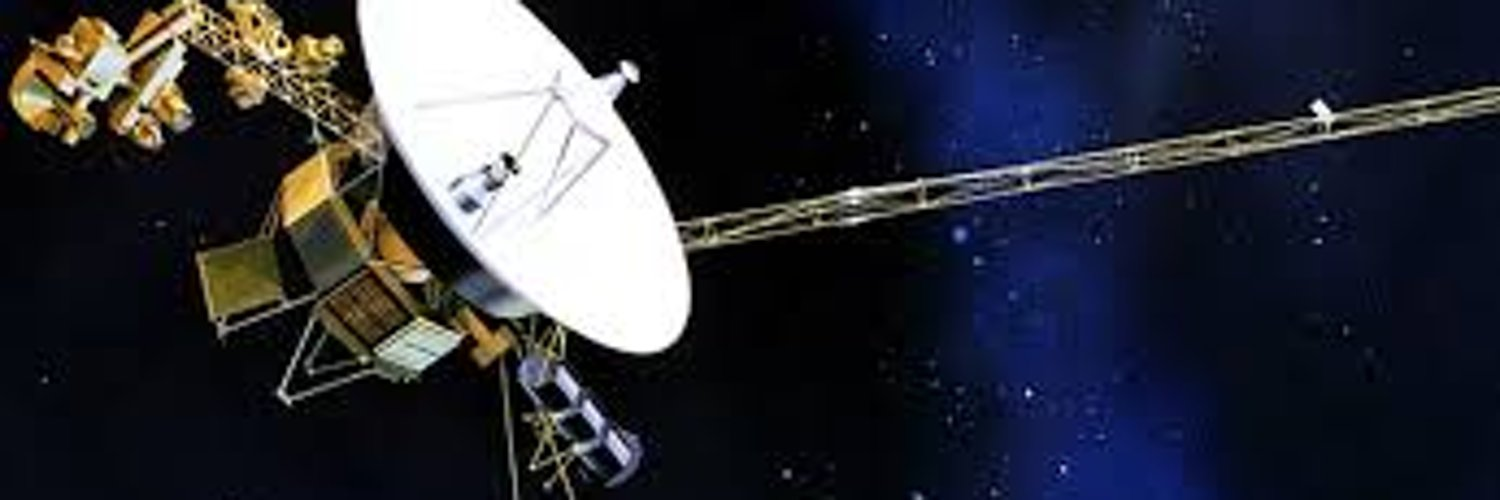 space probe voyager - 1000×425