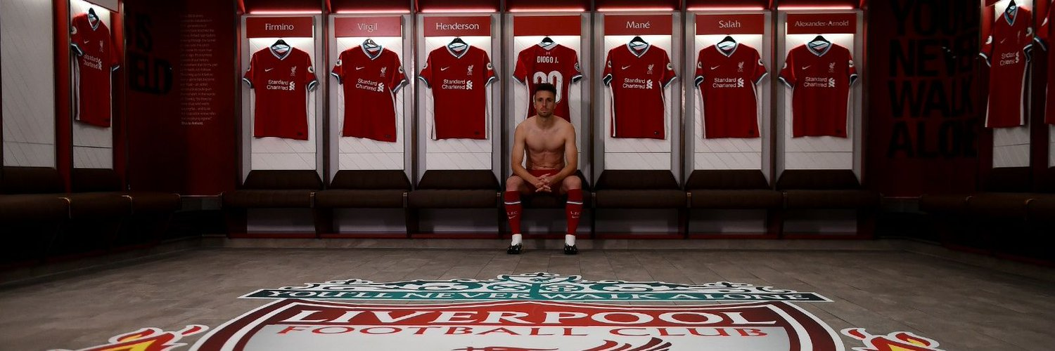 Jogador do Liverpool, 23 anos Player of Liverpool, 23 years