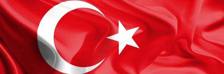 @nihadagenc @fatihtezcan sizin için tam tersini söylemişti. Hatta takip edecekseniz karşı cenahtan @nihadagenc i takip edin demişti. Farkında mısınız bikmem Atatürk konusu dışındaki fikirleriniz %90 uyuşuyor.