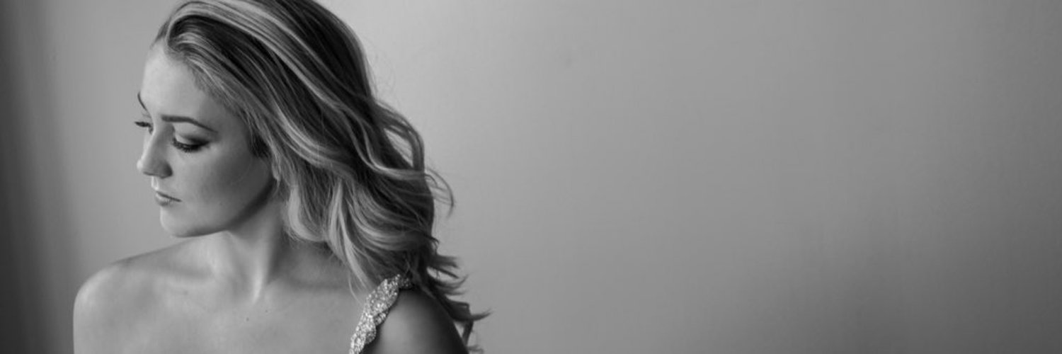 Mezzo-soprano. Based in Manchester and currently studying at the Royal Northern College of Music