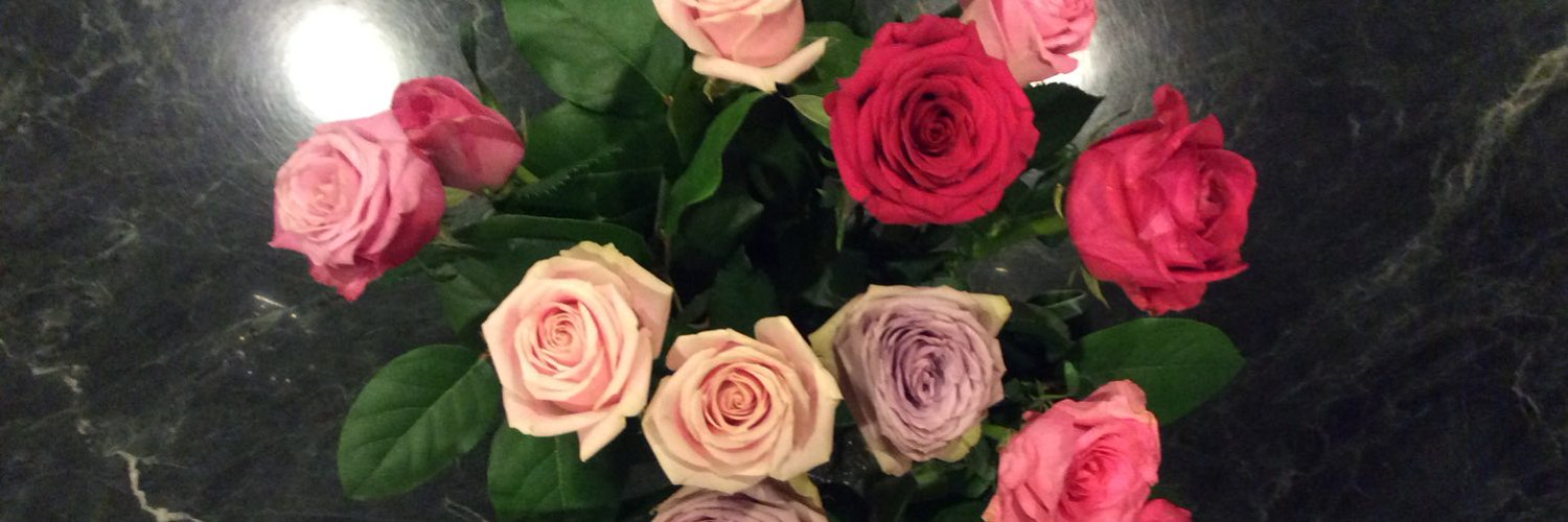 Hello! I'm Bossa Nakane. Japanese amateur singer in YouTube. I love music. Beautiful sound,heartful words is so precious in my life. Listen to my songs…