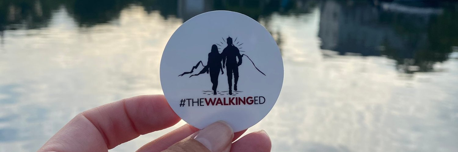Just listened to Living by @DierksBentley and captures us in #theWalkingEd - our connection is the power of living,… https://t.co/fqz3UxpZ5B