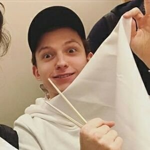 Tom Holland didn't wanna go (@TomHollandINA) Twitter profile photo