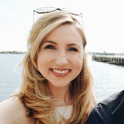lauren stuffle on twitter verge reddit user made famous off