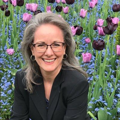 Dr. Gina Bennett