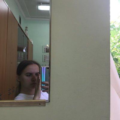 Mary Konovalova (@masha24k)