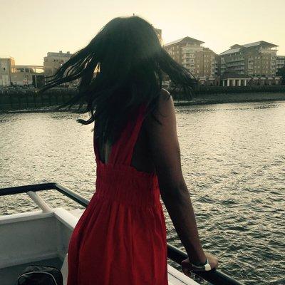 Shannon Hayes (@ShannonAmberH) Twitter profile photo