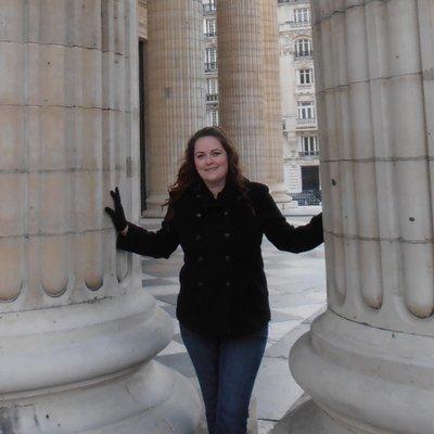 Elizabeth Dolan (@eliz3303) Twitter profile photo