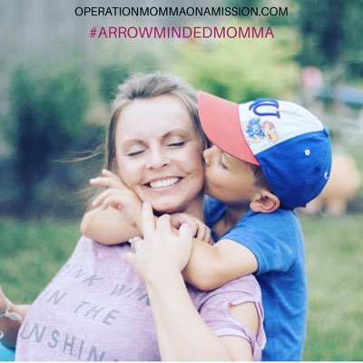 Michelle Burnett: #ARROWMINDEDMOMMA's Twitter Profile Picture