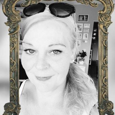 Juliette Lang 🇸🇪🇪🇪🇩🇪🇪🇬's Twitter Profile Picture