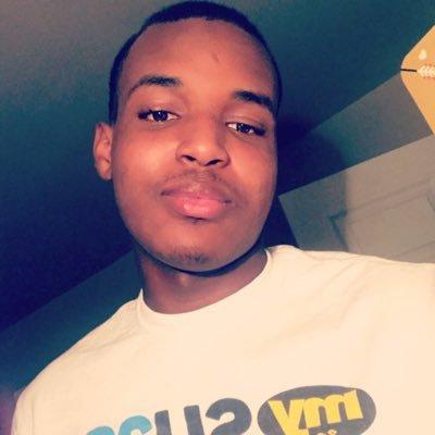 SU'22 🔥 LIVING MY BEST LIFE👑 NURSING MAJOR 🙌🏾 GOD FIRST ❤️