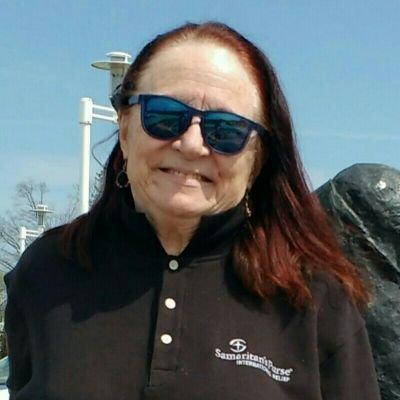Jeanne Scypinski (@gimbiya) Twitter profile photo