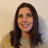 Sara Hills (@sarahillswrites) Twitter profile photo