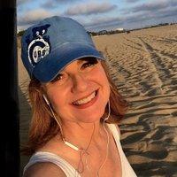 Bonnie Hunt (@BonnieHunt_real) Twitter profile photo