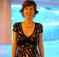 Genevieve Sinn Nude Photos 2