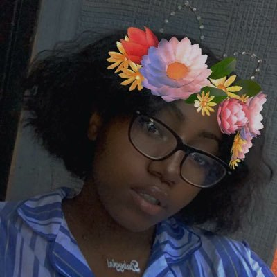 """ Lay "" like the Chipz . (@kawaiiblkgirl) Twitter profile photo"