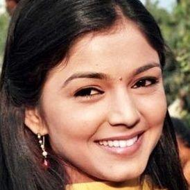 PoojaSharma on JumPic com