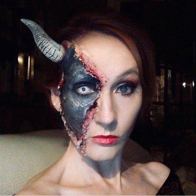 J.K. Rowling (@jk_rowling) Twitter profile photo