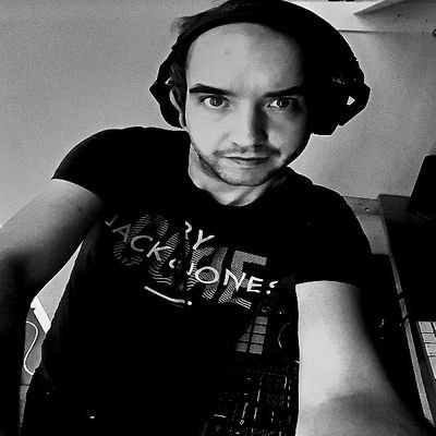#house #techno and #trance Dj https://t.co/j4pYDkmTBK bookings, promos, guest mixes djanthonydudley@hotmail.com