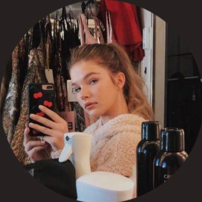 Ellie Thumann Lovedtbackup1 Twitter