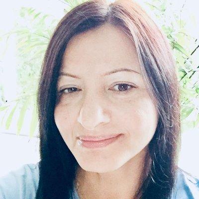 Mihaela Bucur 🌈 (@mihaelabucur10) Twitter profile photo